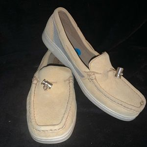 Sperry leather suede size 6 slip-on top slider